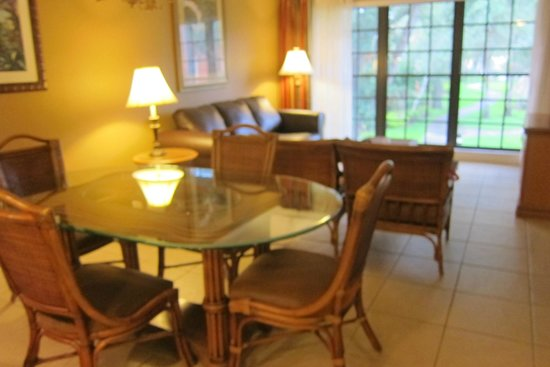Legacy Vacation Resorts: More dining