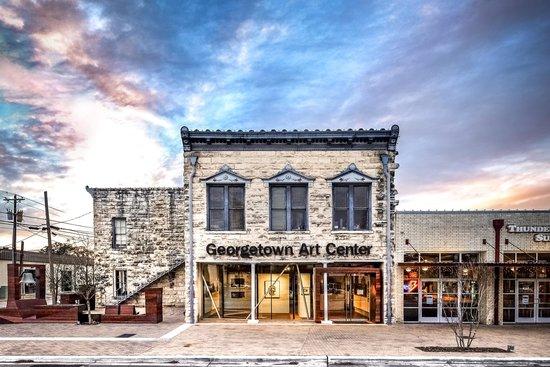 Enjoy An Art Exhibit At Georgetown Art Center