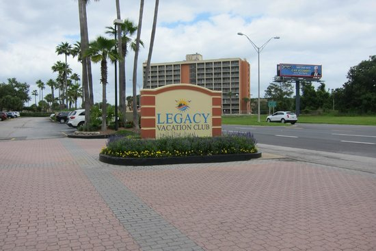 Legacy Vacation Resorts : Front sign