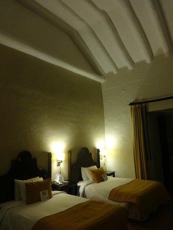 Novotel Cusco : coloniel room