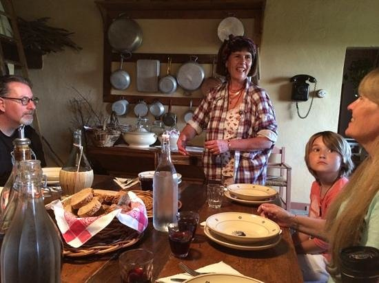 Borgo Argenina: Emeril Lagasse should take lessons from Elena Nappa!