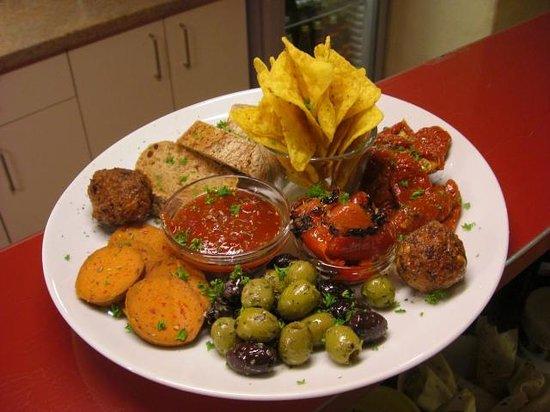 EssKultur Bio Restaurant & Cafe: Antipasti Mix for two