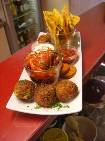 EssKultur Bio Restaurant & Cafe: Antipasti Marrakesh