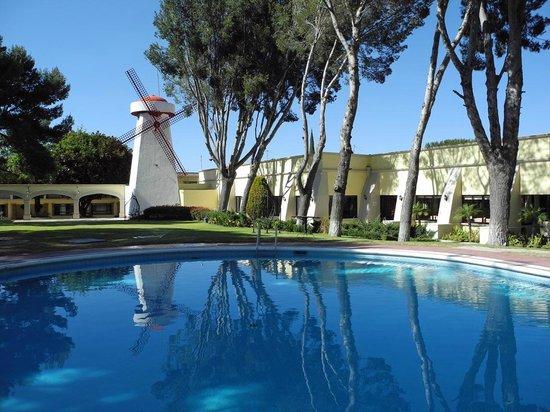 Mision San Miguel de Allende: Blick auf den Pool