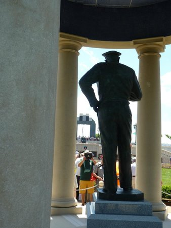 National D-Day Memorial: from the Eisenhower statue to the arch
