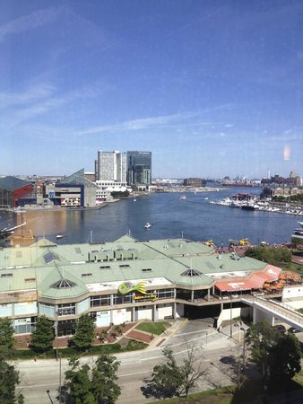 Hyatt Regency Baltimore Inner Harbor: View from our hotel room window