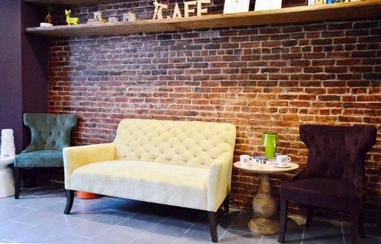 Sofa Cafe Boston Back Bay Restaurant Reviews Phone