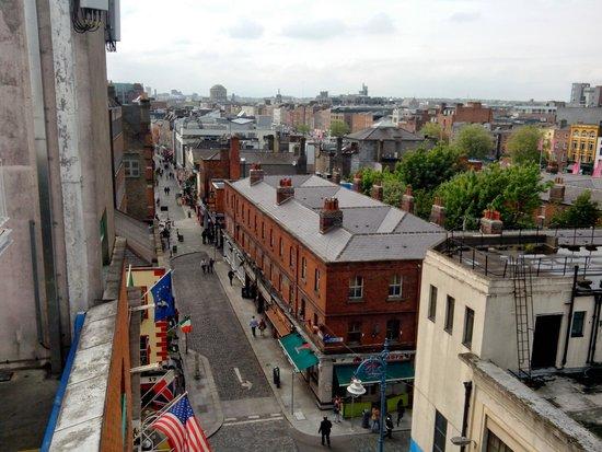 Oliver St. John Gogarty's Hostel: Vue de la terrasse
