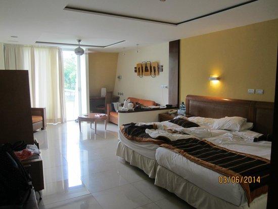 Grand Sirenis Riviera Maya Resort & Spa : Our room