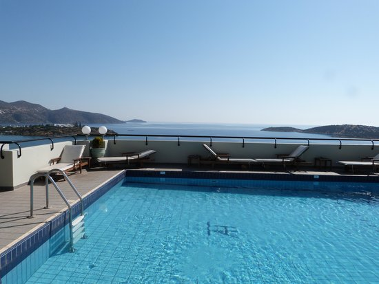 Alantha Apartments Hotel : view from the pool on the 6th floor