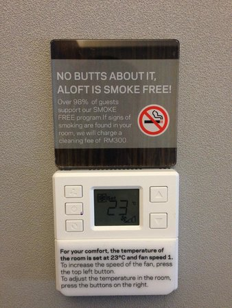 Aloft Kuala Lumpur Sentral : No smoking reminder