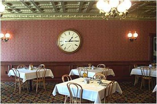 Brookville Hotel Restaurant: Bank Room