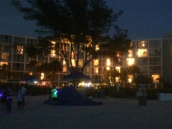 Guy Harvey Outpost, a TradeWinds Beach Resort: The resort at night