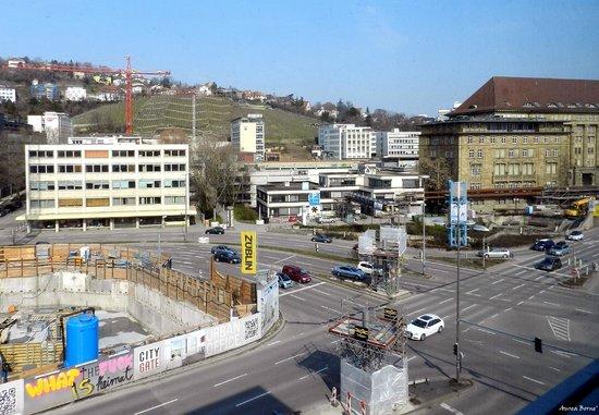 Novum Hotel Rieker Stuttgart Hauptbahnhof : The view from the room