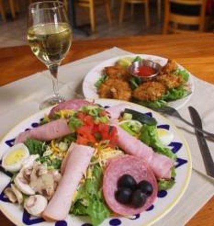 Hollywood's Restaurant & Bkry, Roanoke - Restaurant Reviews