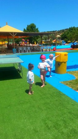 Acqua Plus Water Park : girlies