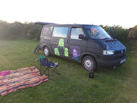 Warcombe Farm Camping Park: lovely