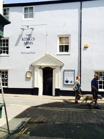 The Kings Arms: New look kings Arms