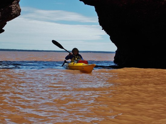 Baymount Outdoor Adventures: Kayaking under the famous cave