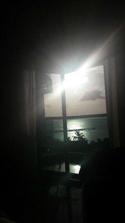 Grand Park Royal Luxury Resort Cozumel : SUN SET
