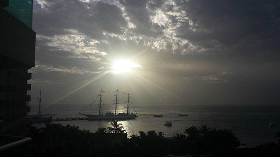 Grand Park Royal Cozumel: Mas llegadas de Barcos