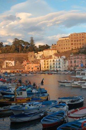 Romantic setting of Ristorante Bagni Delfino