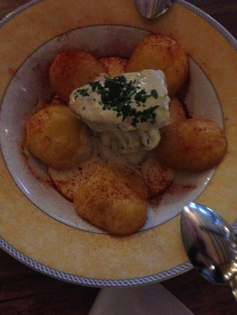 Tasca Tierras del Sur: oven baked beed fillet with cream