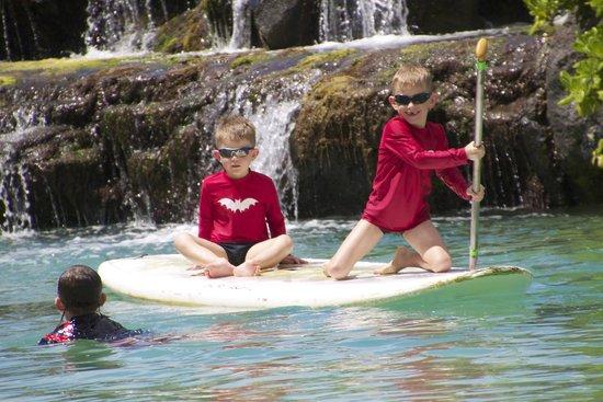 Grand Waikikian by Hilton Grand Vacations: Paddling around the Lagoon