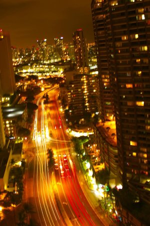 Grand Waikikian by Hilton Grand Vacations: A night city View