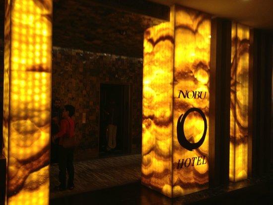 Nobu Hotel at Caesars Palace : 外観