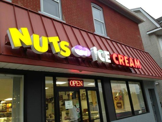 Nuts About Ice Cream : Yes, I am!