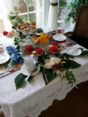1848 Island Manor House: Afternoon tea