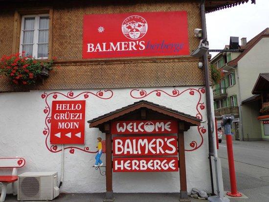 Balmer's Hostel: Entrada