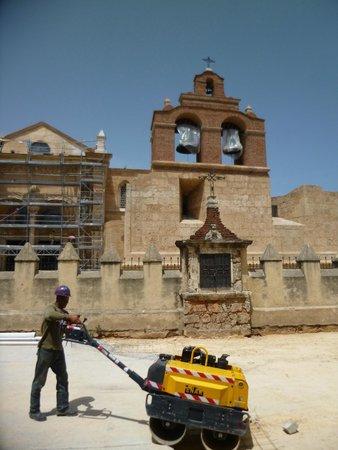 Luxury Bahia Principe Esmeralda Don Pablo Collection: Building work in Santo Domingo :-(