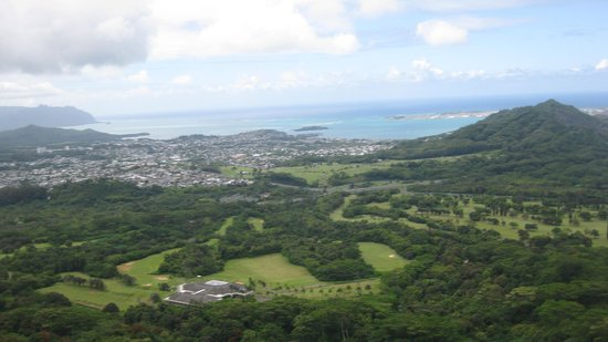 Discover Hawaii Tours: The Pali Lookout