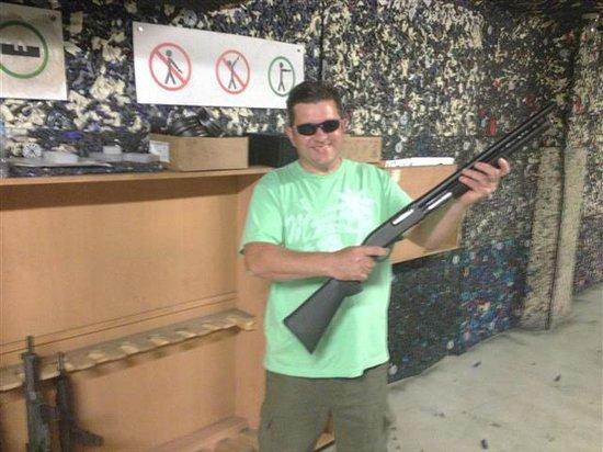 Celeritas Shooting Club : pump action shotty