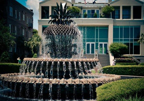 Riley Waterfront Park: Um símbolo da hospitalidade de Charleston