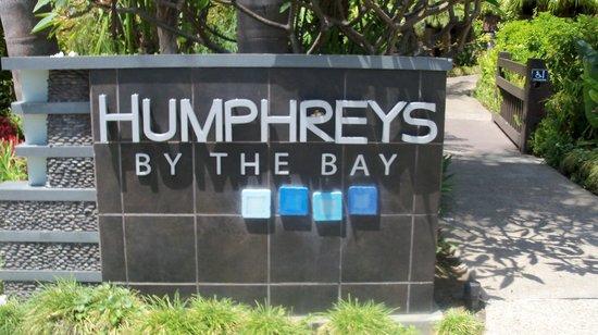 Humphreys Half Moon Inn & Suites : Entry Sign