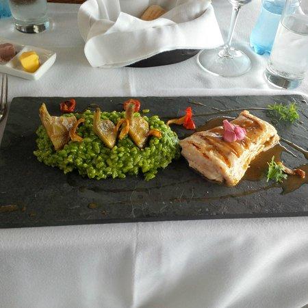 Cala Restaurante: Mero with Risotto al Pesto