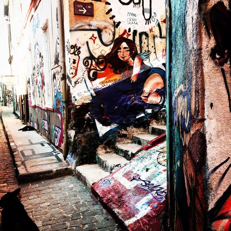 Tours 4 Tips: Street art in Valparaiso