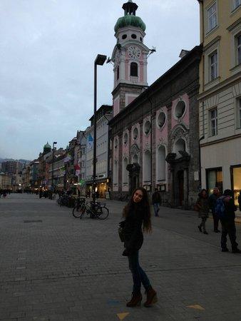 Altstadt von Innsbruck: Maria-Theressen strasse