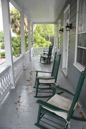 The Beaufort Inn: Shared Porch