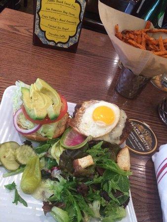 """Napa Valley Burger Company: """"Sausalito Burger"""" Loved It!"""