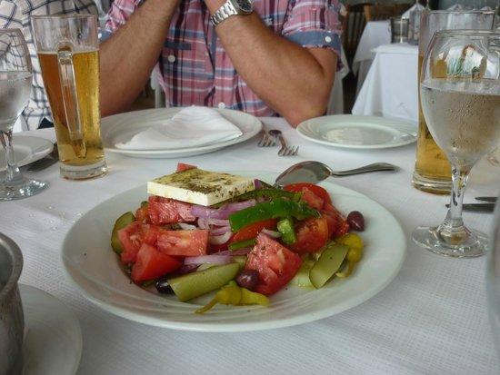 Zorbas Restaurant: Greek Salad - Look at those tomatoes.