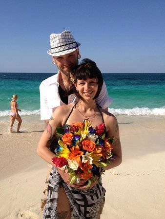 Hotel Riu Palace Paradise Island: wedding day!