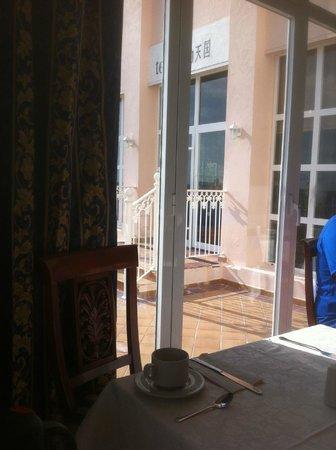 Hotel Riu Palace Paradise Island: dining room breakfast