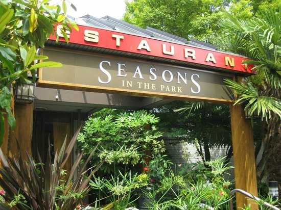 Seasons in the Park entrance
