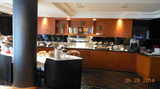 Park Plaza Westminster Bridge London: Breakfast buffet