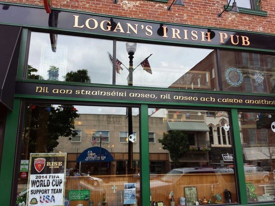 Logan's Irish Pub: Logans