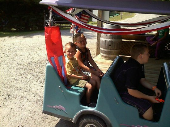Yogi Bear's Jellystone Park Camp-Resort at Paradise Pines: There are always train rides for the family.